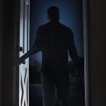Horror Short: A Knock At The Door