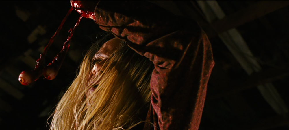 Black Christmas 2006 is a loving gift for the fans of cinematic eyeball trauma as well. This too was a complaint I encountered more than once.